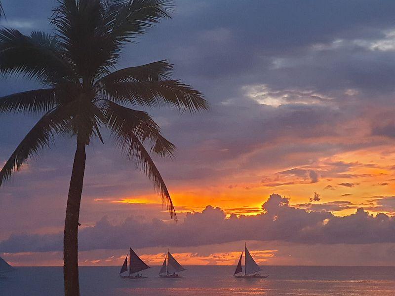 Paraw Sunset Cruise